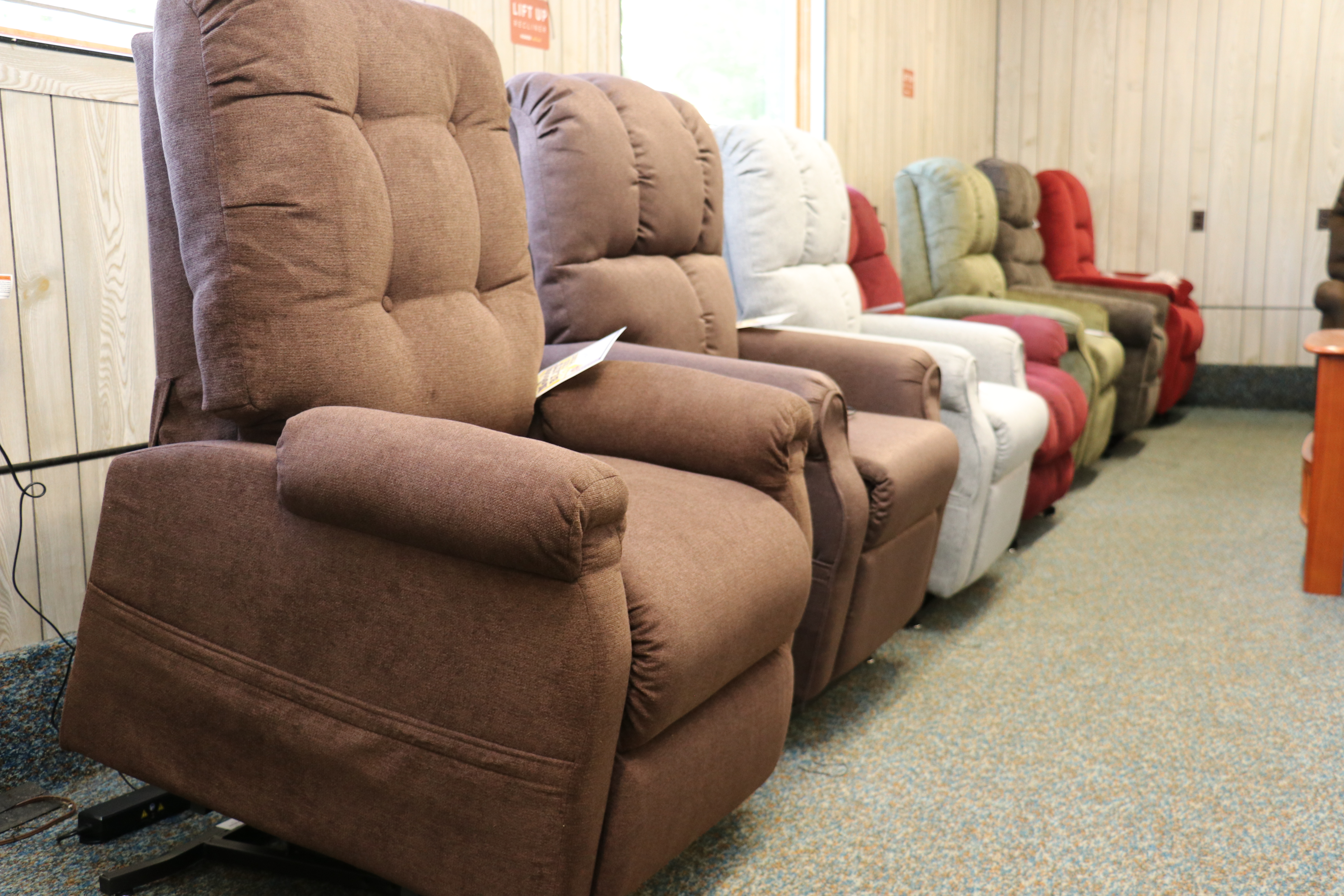 Gallant Discount Furniture | Roxbury Maine 0036